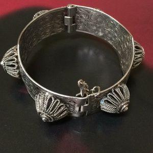 Gorgeous vintage silver  bracelet